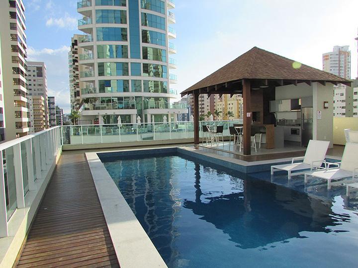 Lindo apartamento com 03 suites + 03 vagas!