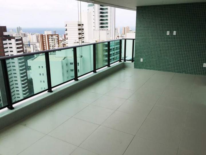 Apartamento 146m² com 4 quartos sendo 2 (duas) suítes no Caminho das Árvores