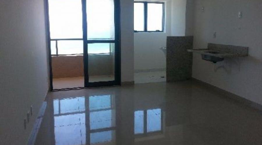 Apartamento em Armação 1/4 quarto, com 41m², 1 vaga, Prédio Novo, Prox da Praia.