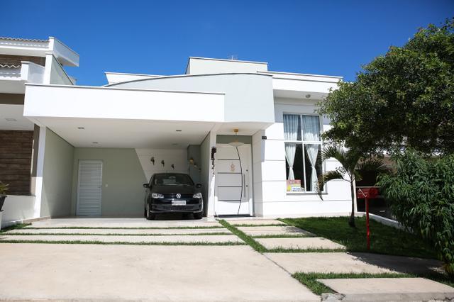 Casa térrea com suíte master e piscina no cond. Golden Park - Sorocaba