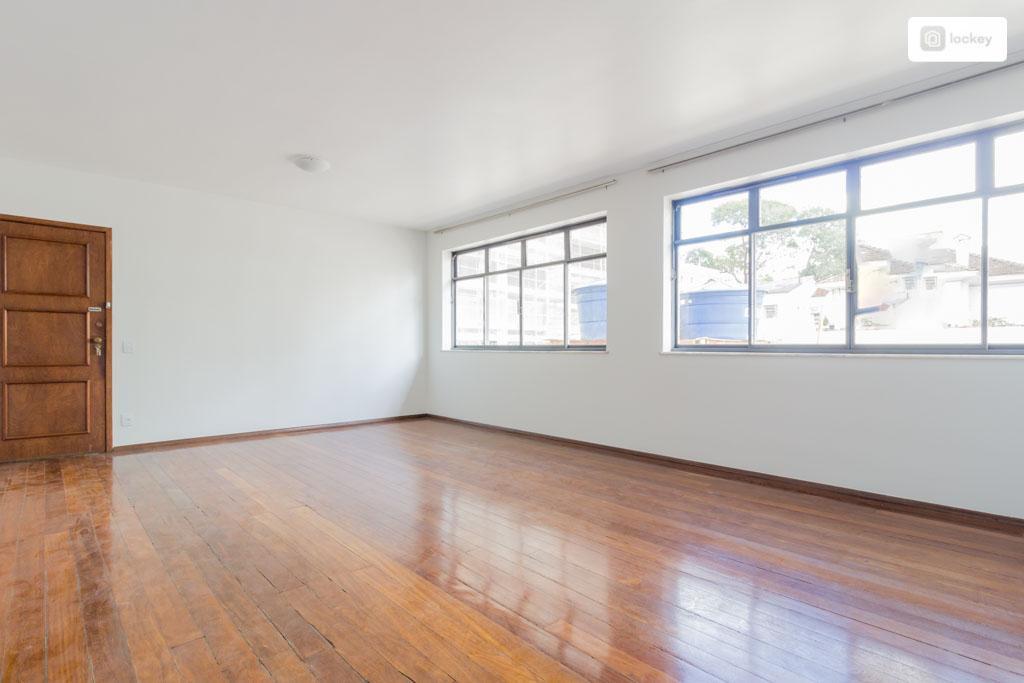 Apartamento para aluguel possui 127 m² e 4 quartos em Funcionários - BH - MG.