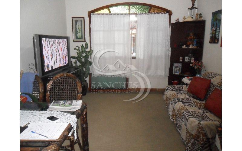 Casa com 2 dormitorios  sendo 1 suite na Praia Grande - Jardim Imperador