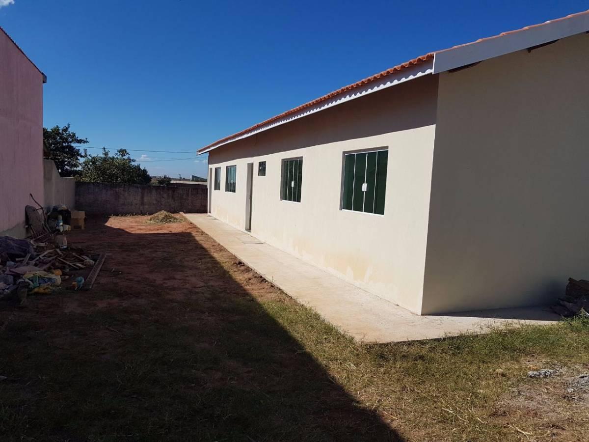 Casa recém construída no bairro Bela São Pedro