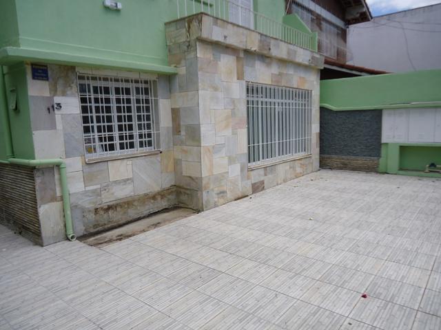 AGUA BRANCA SOBRADO PROX. METRO BARRA -SHOPPING WEST PLAZA-VILA COUNTRY