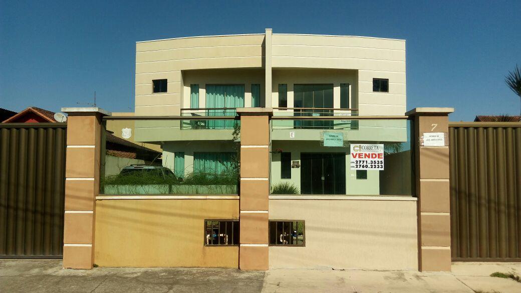 Casa duplex com 3 quartos para venda no bairro Jardim Miramar!