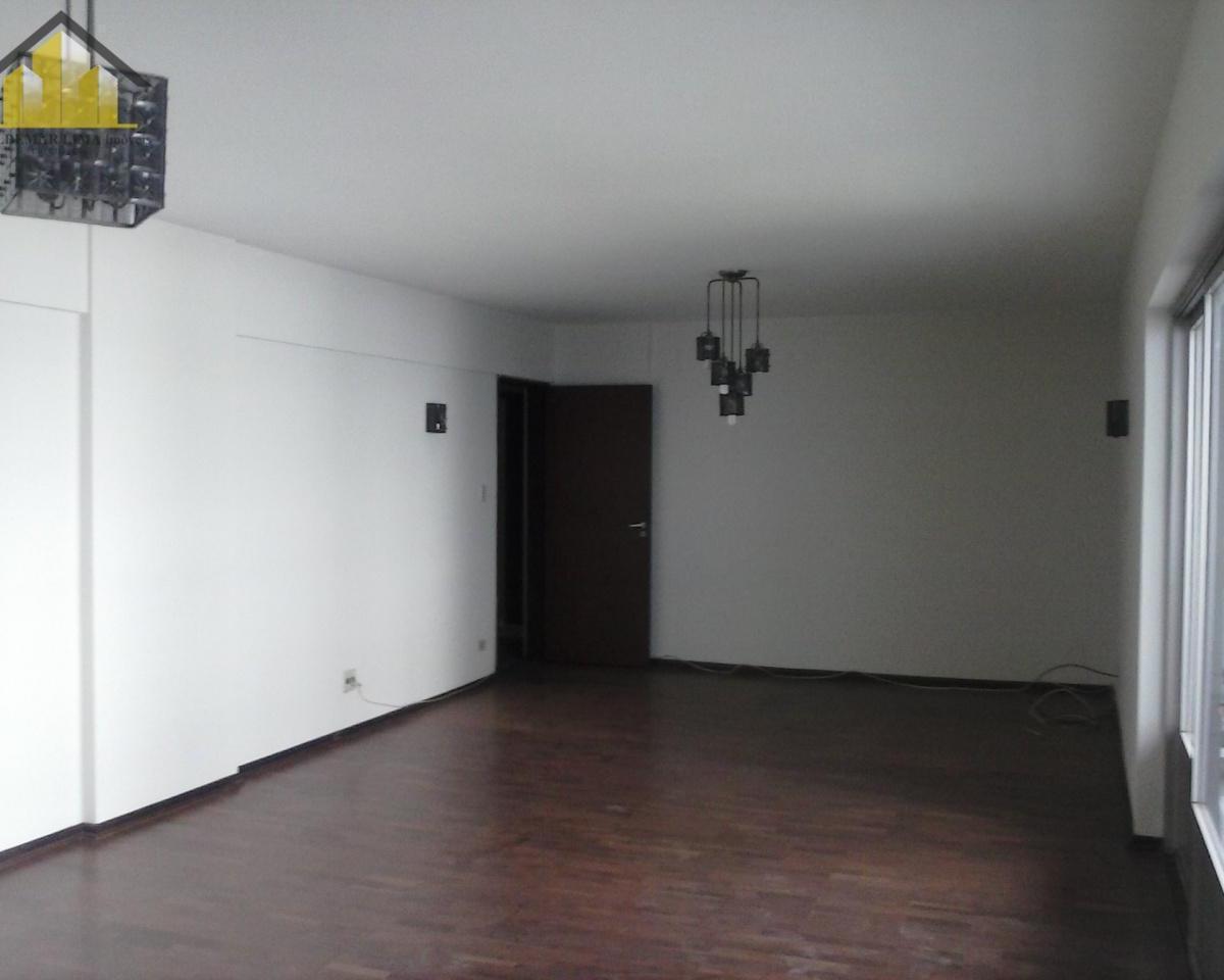 Apartamento para aluguel - em Indianópolis