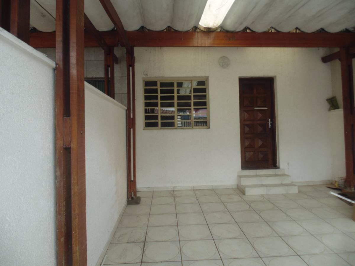Casa 3 dormitórios com suíte no Bom Clima