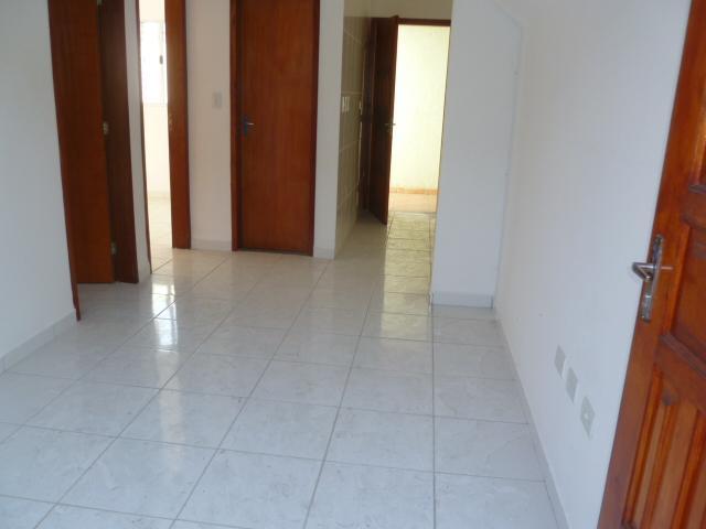 Excelente casa de Condomínio a venda de 02 dormitórios no P. Américas-P. Grande.