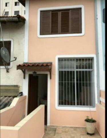 Casa com 2 Dormitórios Taboão da Serra- Jd Monte Alegre