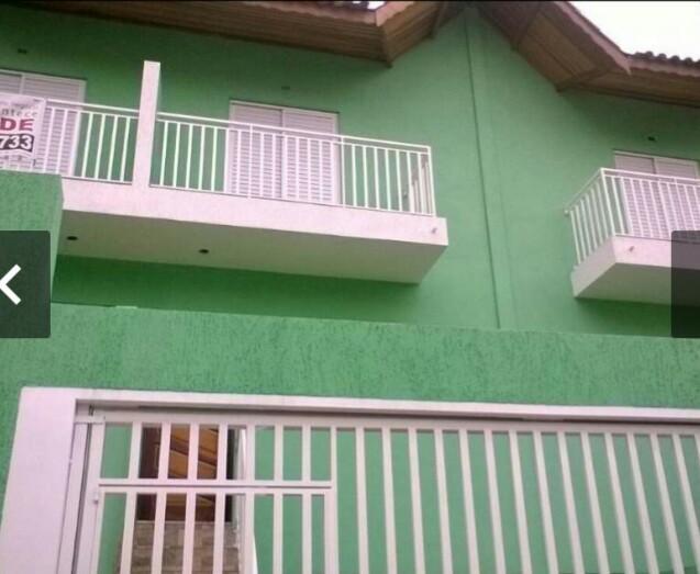 Casa com 3 Dormitorios Jd Pazini - Taboão da Serra