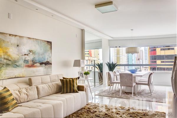 Apartamento no Porto da Barra