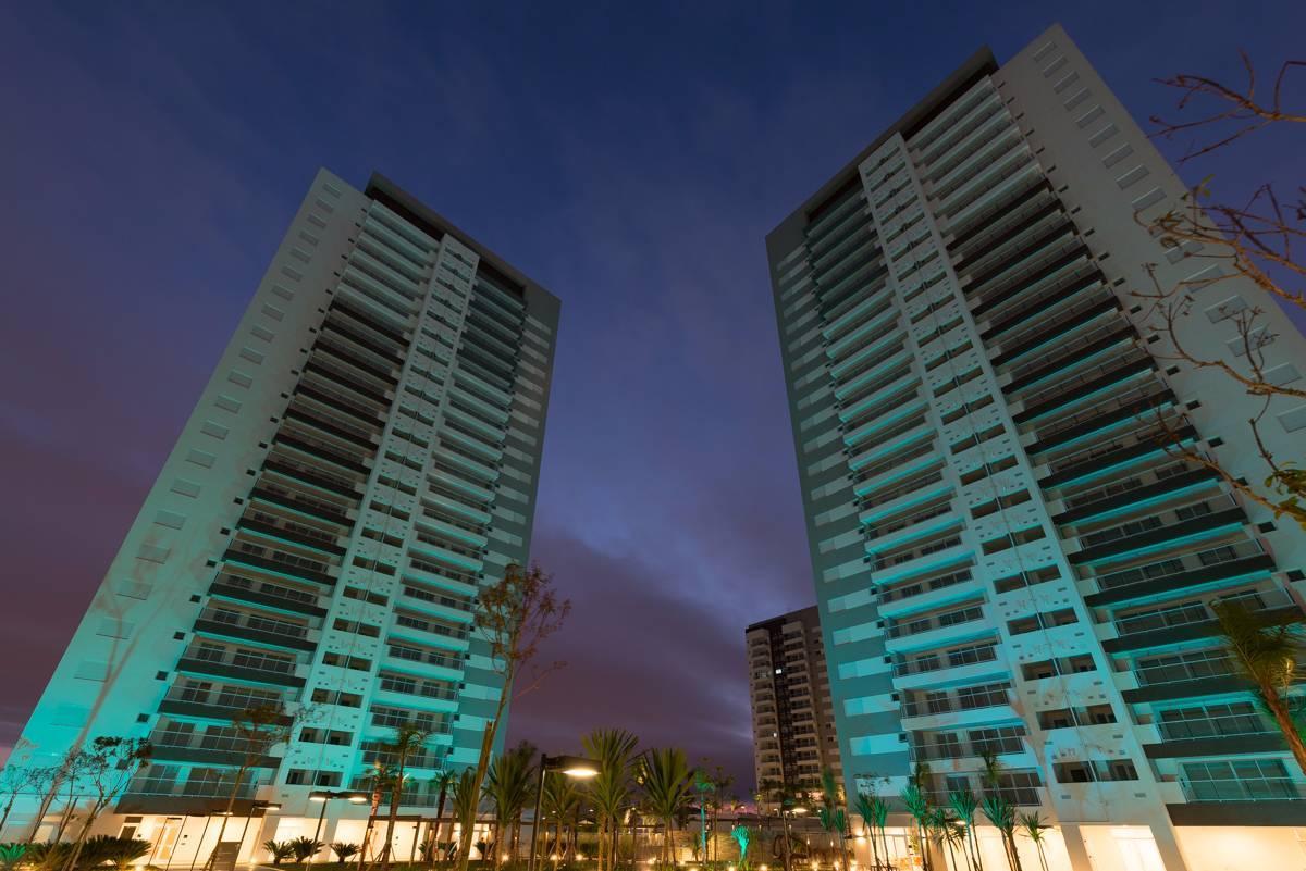 Apartamento de 96m com 3 dormitórios e 2 vagas na Lapa pronto com boa varanda