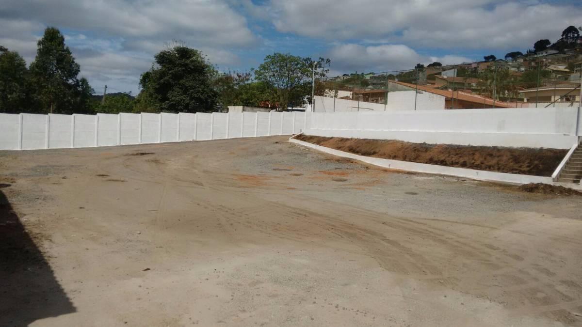 0008 - Imóvel comercial em próximo ao Centro de Santa Isabel