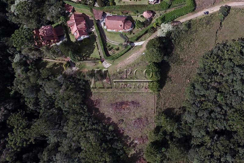 Lindo lote, próximo ao centro do Capivari com linda vista panorâmica.