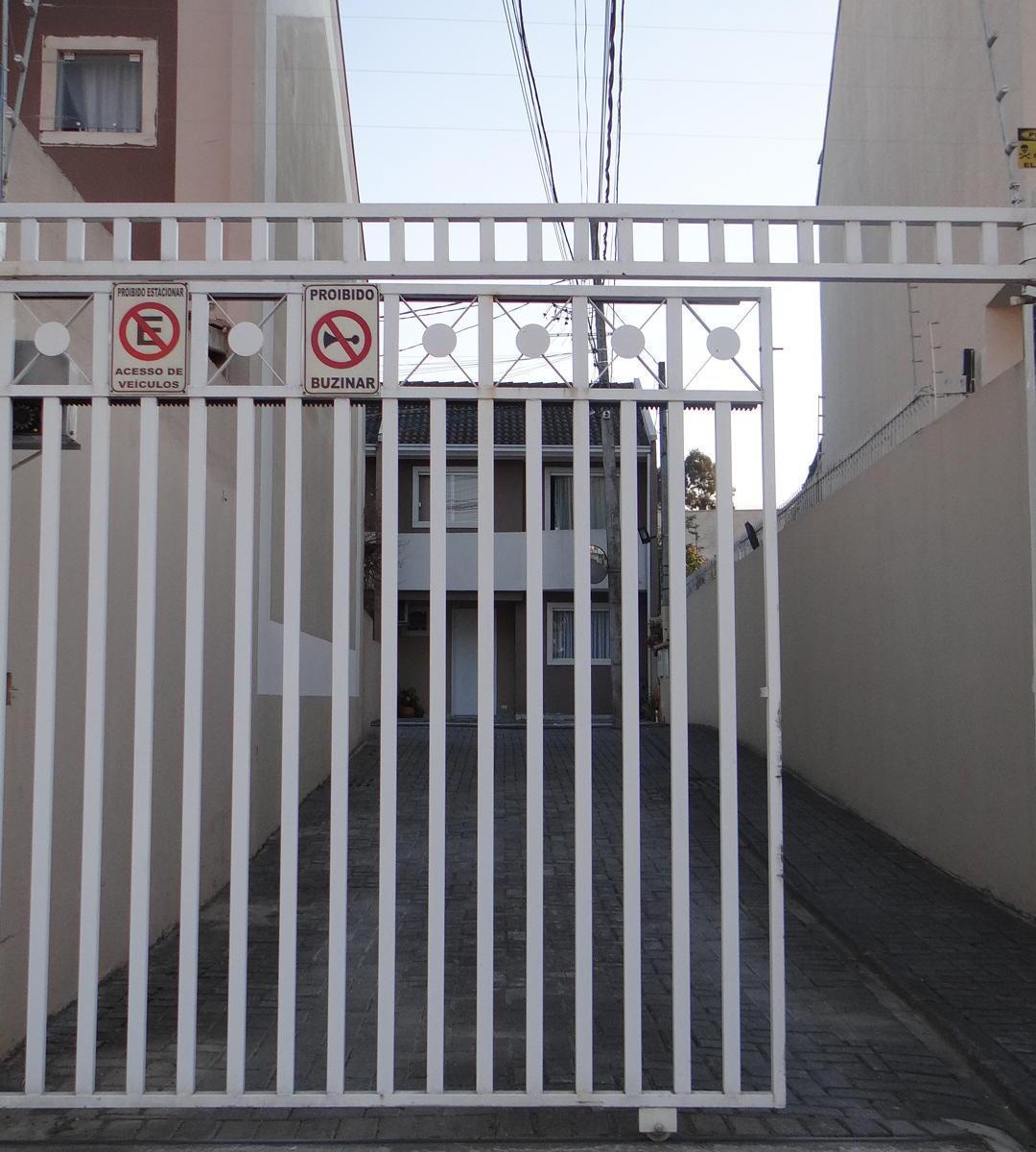 http://www.infocenterhost2.com.br/crm/fotosimovel/277853/81199273-sobrado-em-condominio-curitiba-guabirotuba.jpg