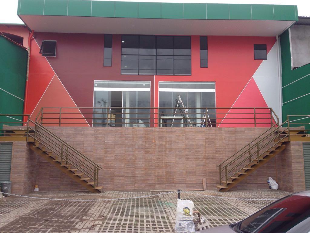Alugo, prédio comercial, Shangrila, Prédio novo, 120 m², proximo Veneza, 08 vagas, Rua principal,