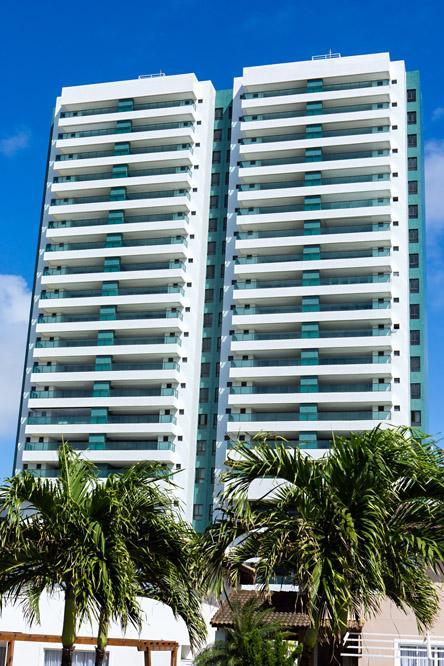 Apartamento em Patamares, 4 suites com vista mar, Maison Biarritz.