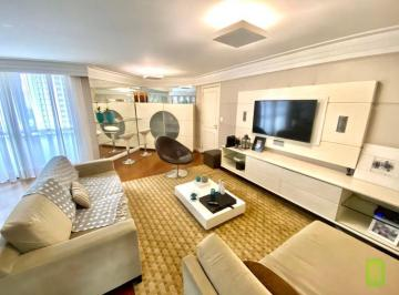 Apartamento · 140m² · 3 Quartos · 3 Vagas