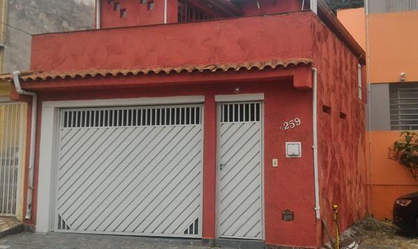 Pompeia - Sobrado 2 dormitórios com Terraço e  2 vagas Cobertas