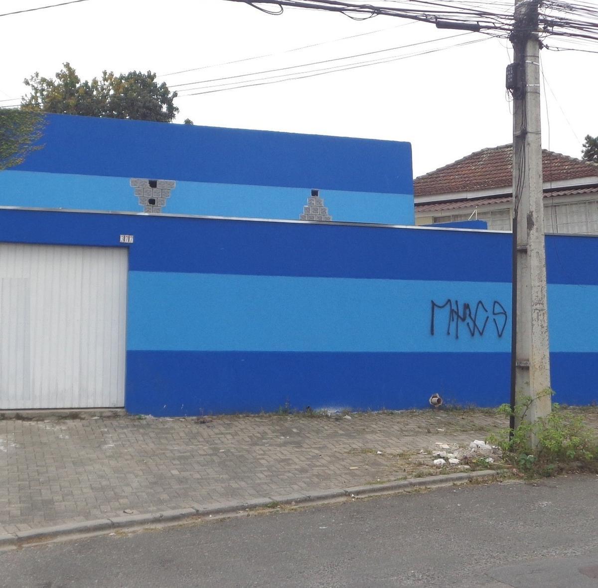 http://www.infocenterhost2.com.br/crm/fotosimovel/282103/82577796-loja-curitiba-seminario.jpg