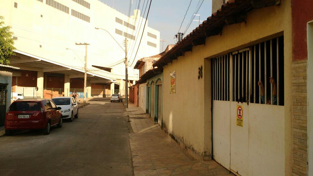 Qnm 34 Sobrado+Terraço ao lado Shopping JK Otimo p/ Investidor