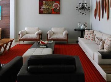 Ricamente decorado, ar condicionado em todos os ambientes, Cozinha em Ilha!