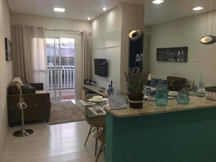 Apartamento na planta com 02 quartos e sala com varanda em Jundiaí