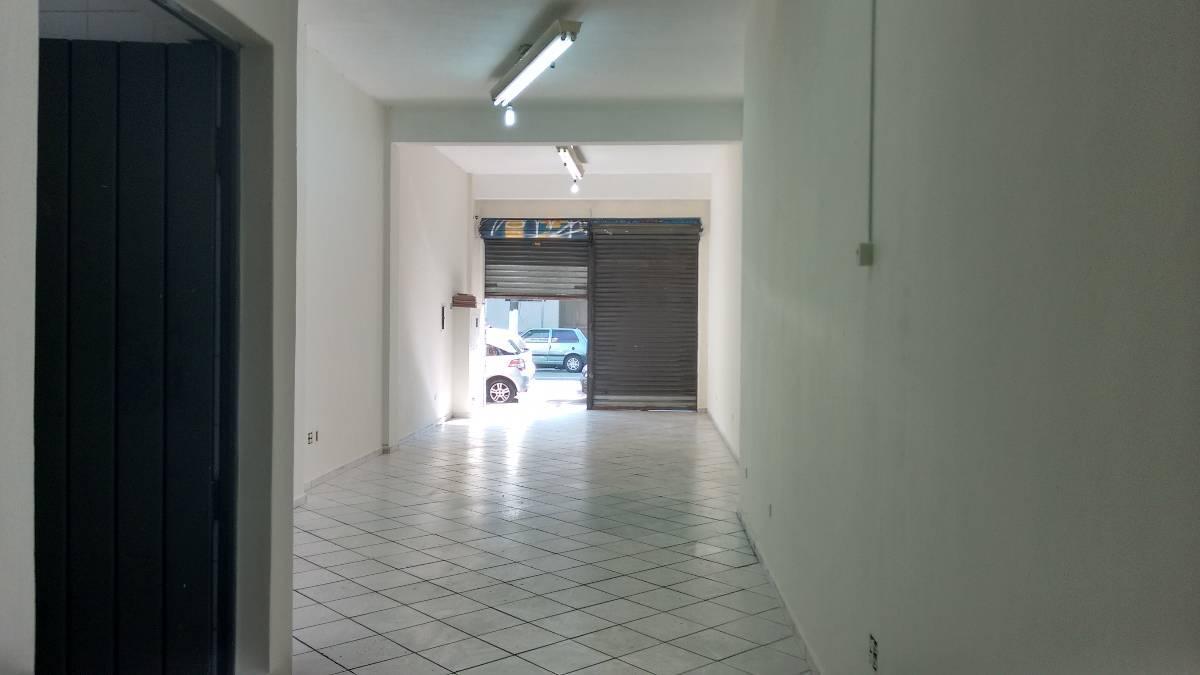 Salão comercial com dois banheiros Rua Silva Bueno