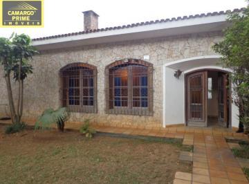 Casa · 314m² · 3 Quartos · 4 Vagas