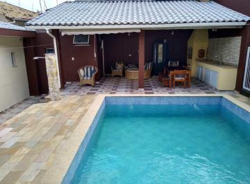 Casa · 55m² · 4 Quartos · 3 Vagas