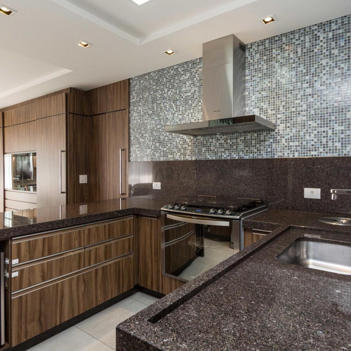 http://www.infocenterhost2.com.br/crm/fotosimovel/296321/104021049-apartamento-curitiba-alto-da-xv.jpg