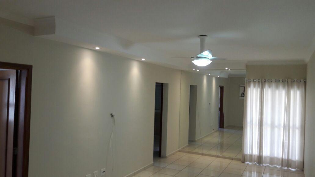 Apartamento 02 dormitórios - 72 m²