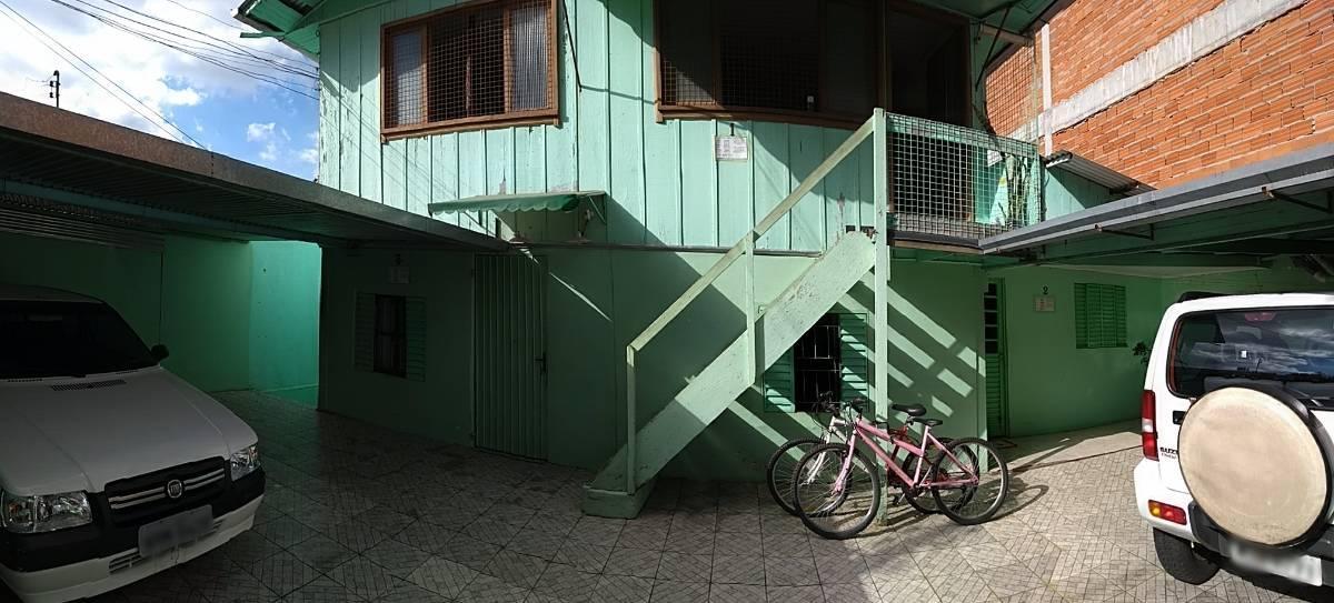 Terreno com 4 casas em Chapecó, próximo ao Lang Palace Hotel. Oportunidade!