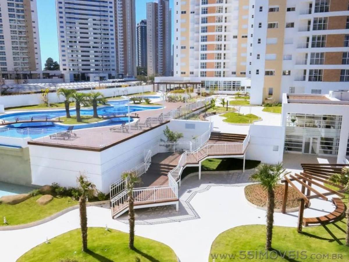 Parque Ecoville - Apartamento com ampla sacada com churrasqueira e 2 vagas. Confira!