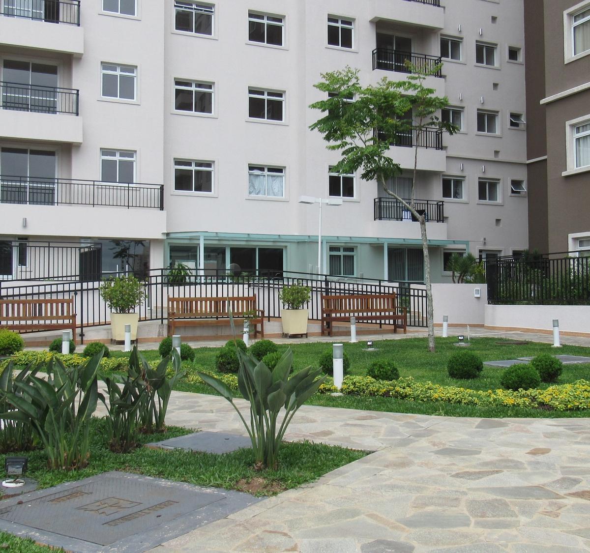 http://www.infocenterhost2.com.br/crm/fotosimovel/314270/88620540-apartamento-curitiba-tingui.jpg