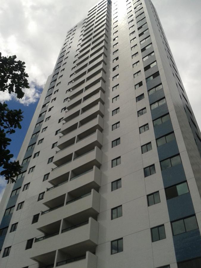 Apartamento novo, com 04 quartos, 128 m², no Rosarinho, no porcelanato e 2 vagas