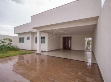 Casa · 600m² · 4 Quartos · 3 Vagas