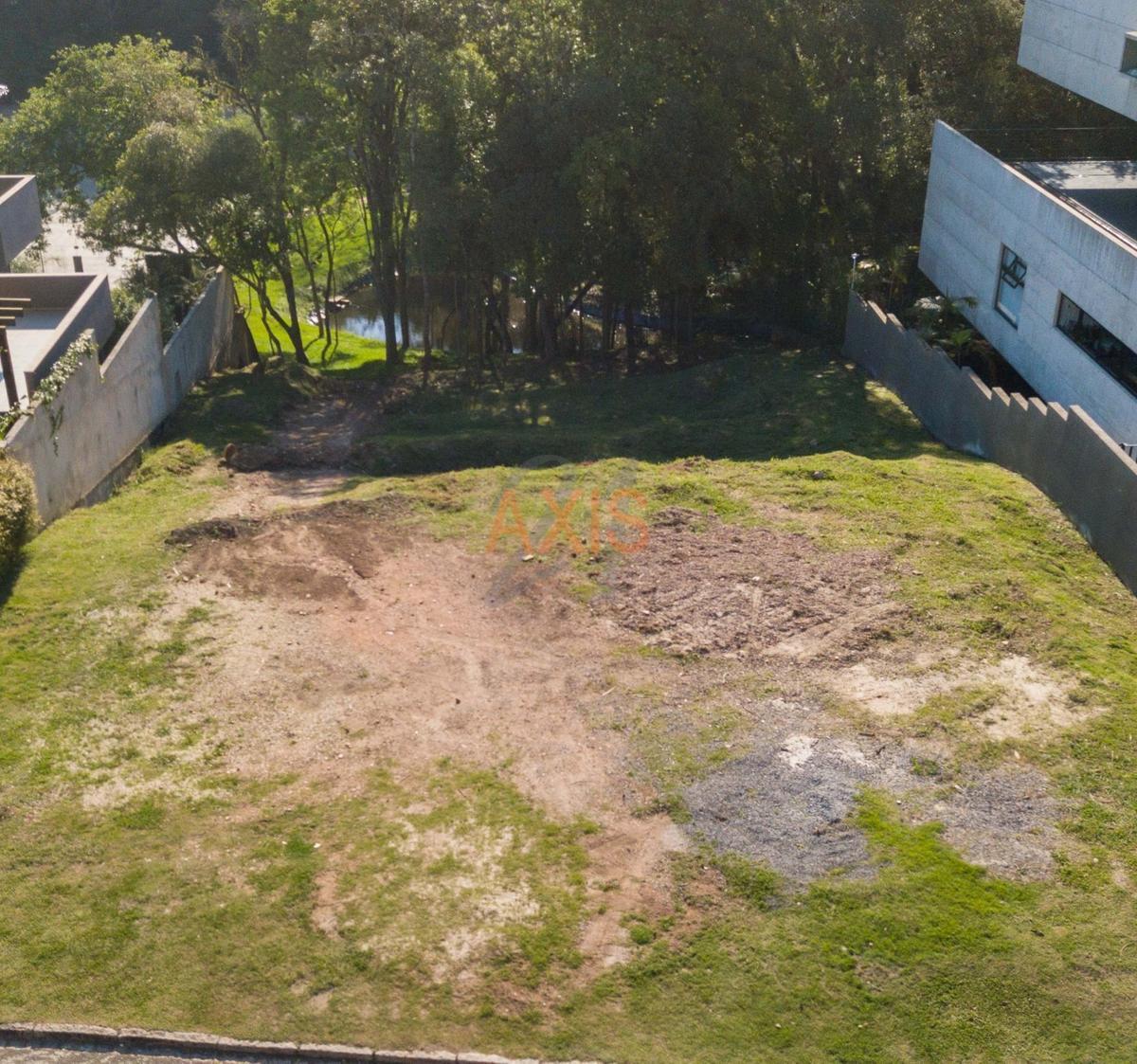 http://www.infocenterhost2.com.br/crm/fotosimovel/322851/89805963-terreno-em-condominio-curitiba-santo-inacio_marcadagua.jpg