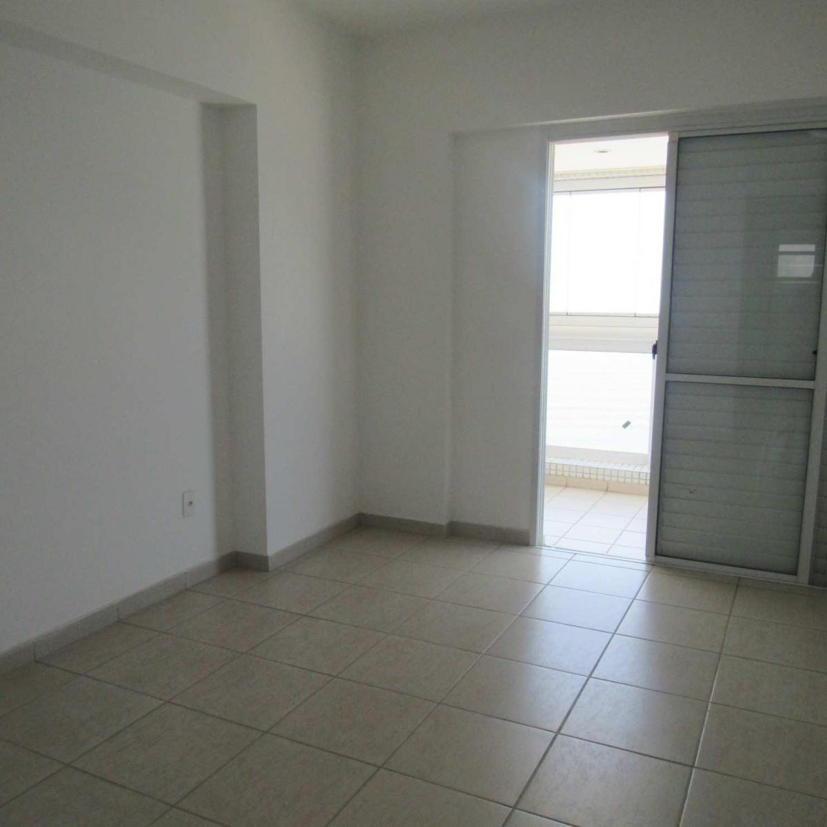 13-Apartamento- 03 dormitórios- Guilhermina- Praia Grande