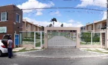 Casa à venda - em Tamatanduba