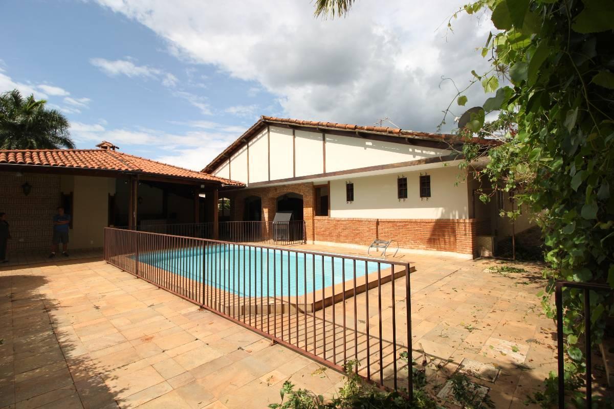 ** QI 07 Excelente casa no Lago Sul! 99993-9494