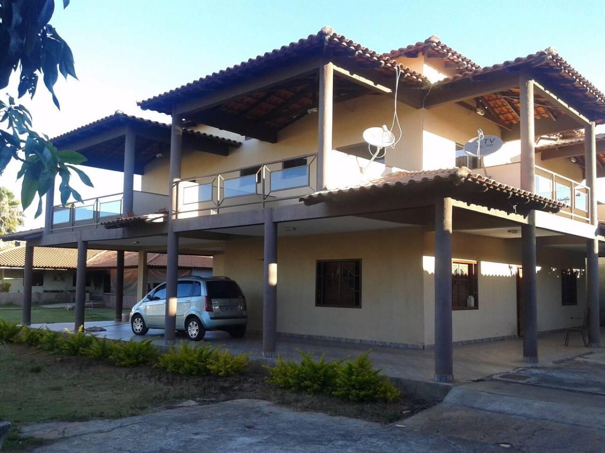 Casa no Setor de Mansões com 4 quartos e 4 suítes SMSE