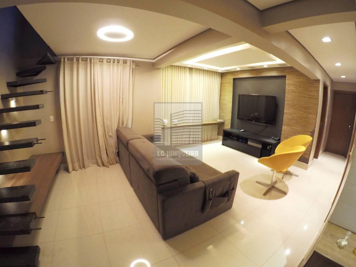 Apartamento | 3 quartos | 2 vagas  | armários | reformado | Quadra 205