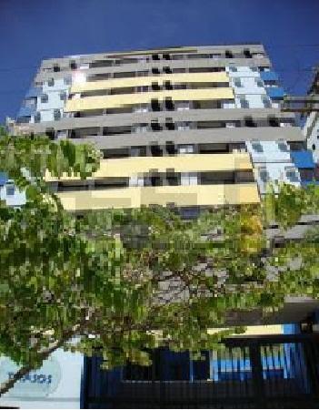 Apartamento na Ponta Verde 2/4 sendo 1 suíte