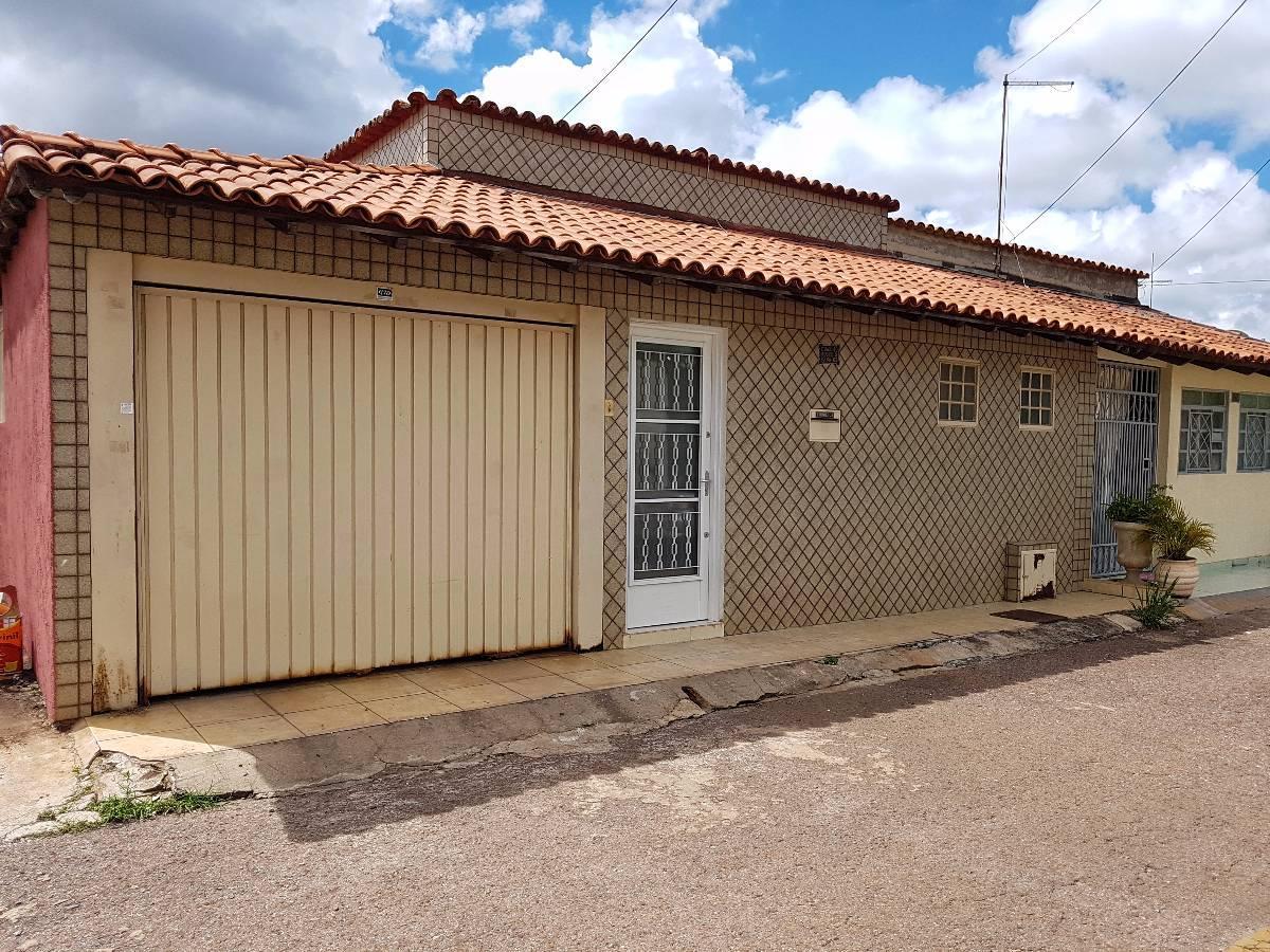 Excelente casa SRES Qd 10 3 qtos Cruzeiro Velho