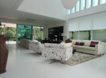 Casa na Riviera - subsolo, piscina, jardim privativo, spa e muito mais!