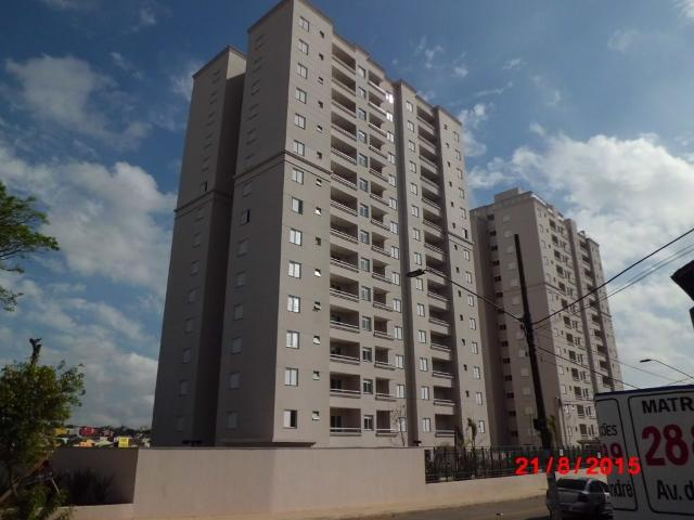Apto de 2 dormitórios no bairro Vila Humaitá