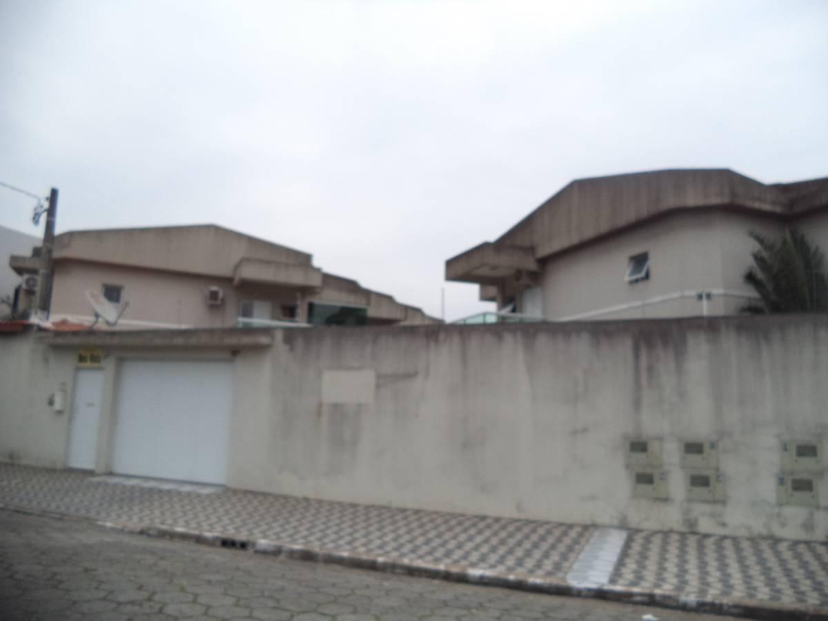 Sobrado em condomínio de alto Padrão no Guilhermina