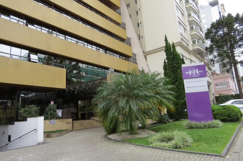 Flat para venda. Com 48 metros quadrados e 1 quarto em Centro - Curitiba - PR.Golden Flat Curitiba