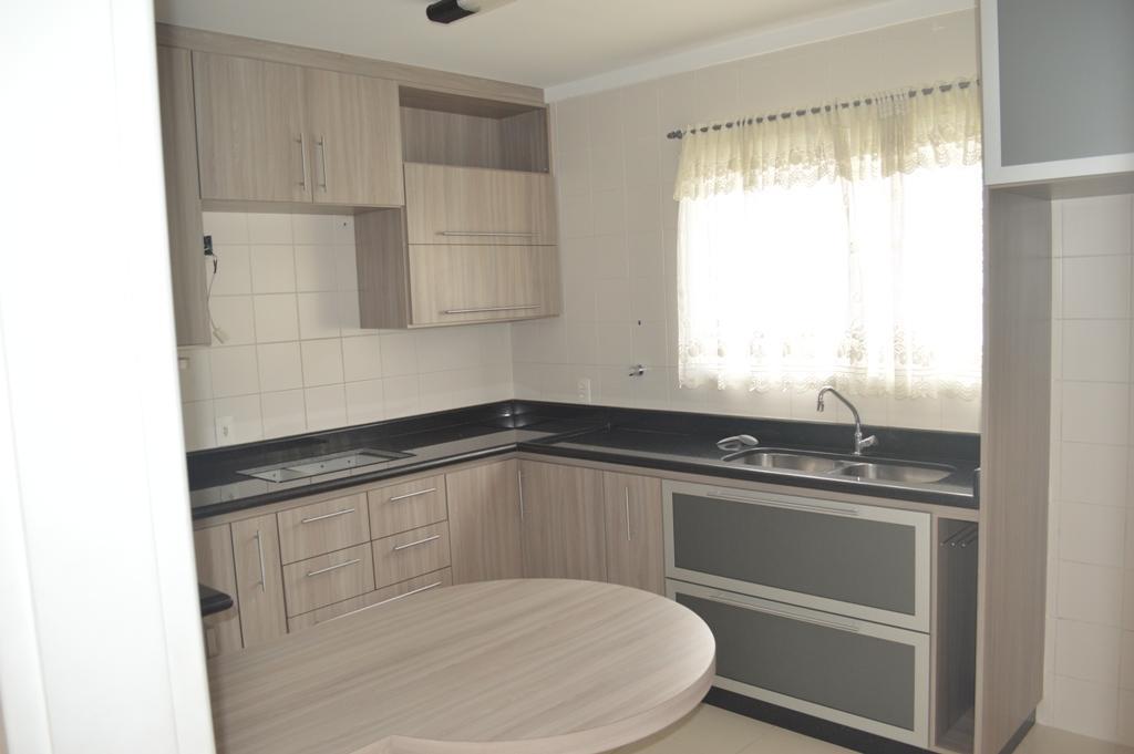 Oportunidade casa de 3 dormitórios no condomínio Bella Colonia 2 em Jundiaí